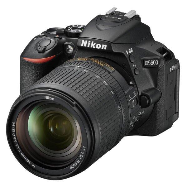 Nikon D5600 DSLR 18-140mm VR Lens Kit